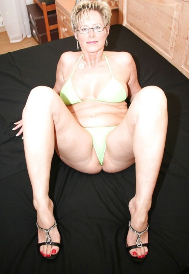 German MILF Michaela -Mature Porn Photo