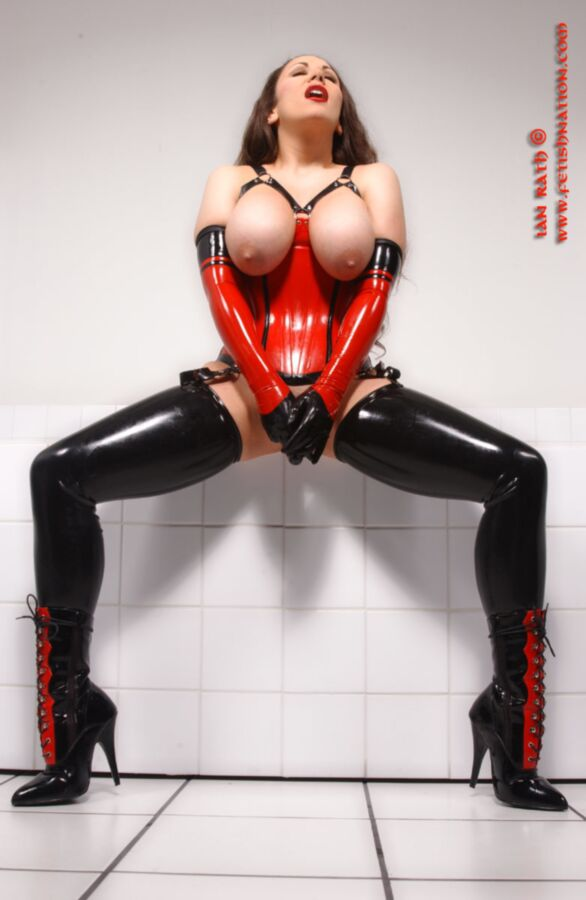Kinky women with gloves « Fetish Porn Pic