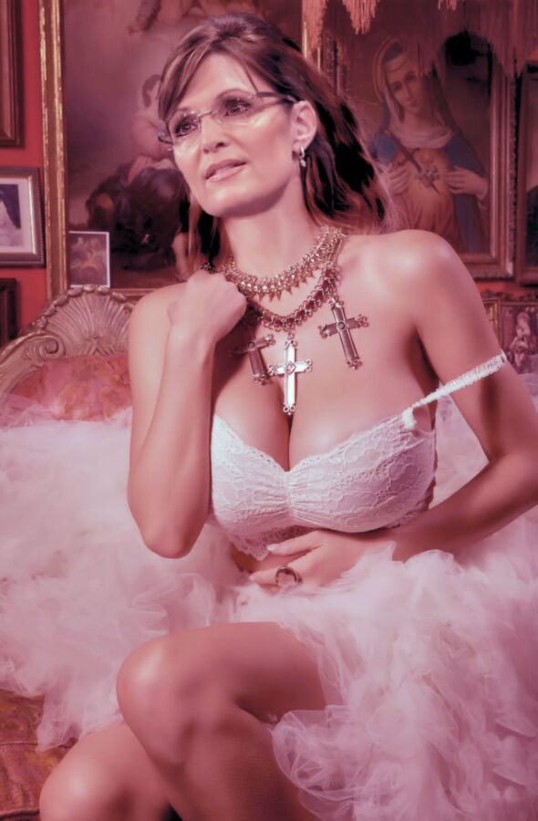 Free porn pics of Sarah Palin Fakes - Interracial and Solo 17 of 92 pics