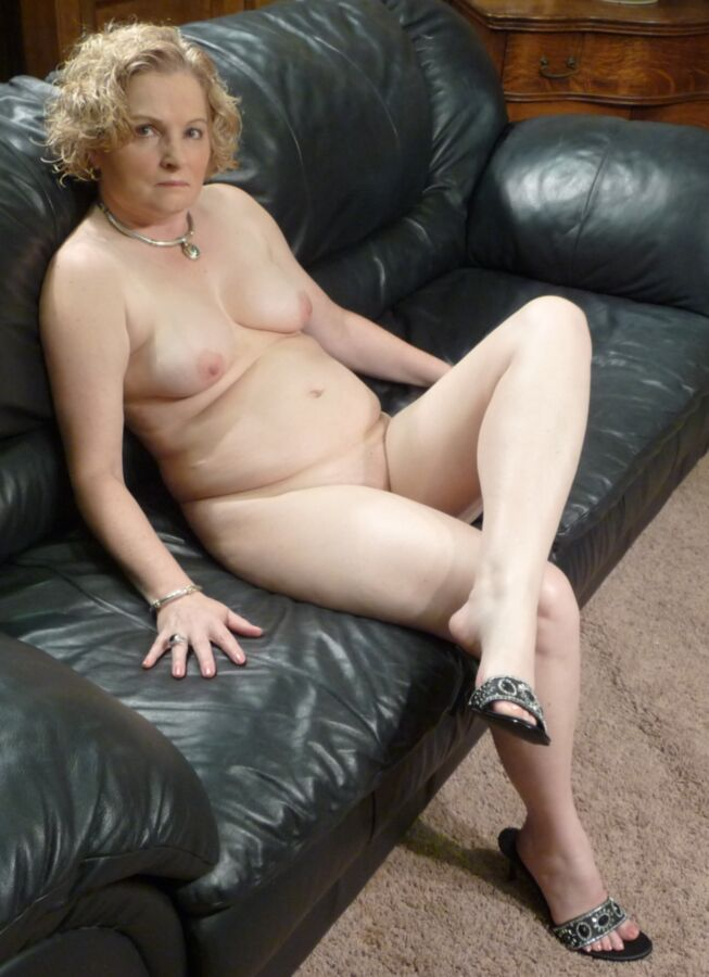 Superstar Naked Chubby Photos Png