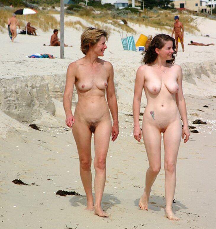 sexy nude goth chicks