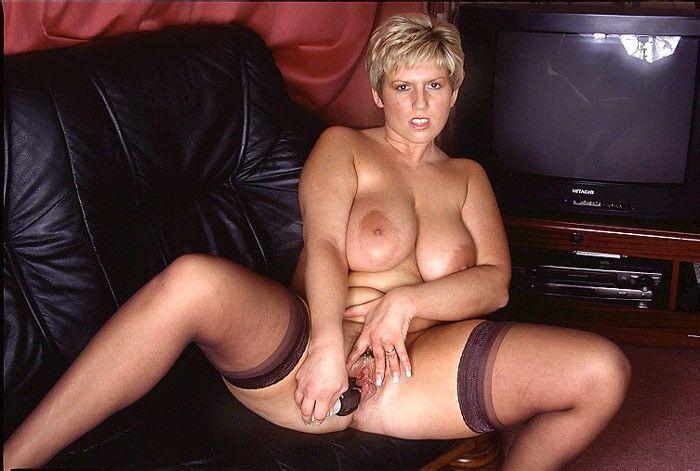 Free porn pics of UK big tit MILF Nikki 8 of 496 pics