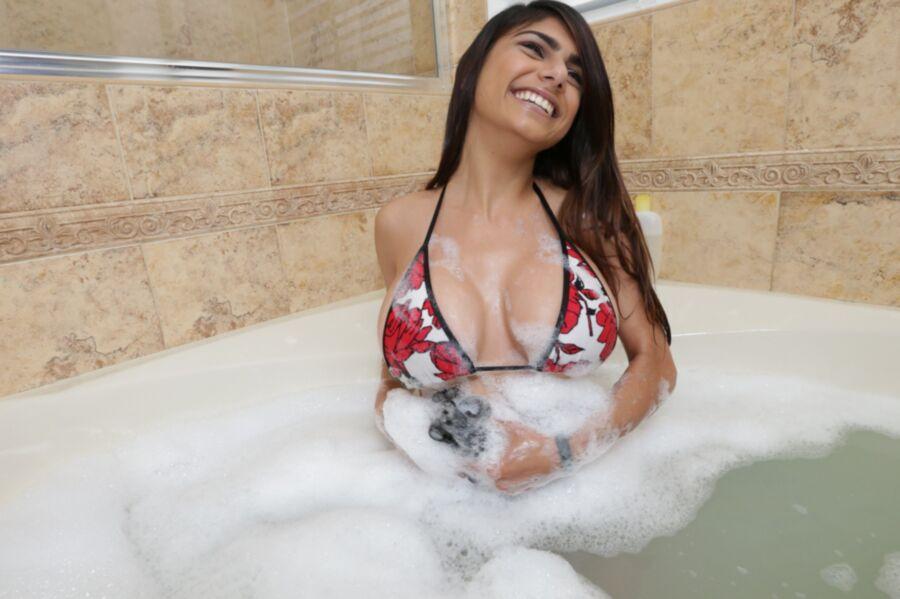 Mia Khalifa - Loves Big Hard Cock 13 of 844 pics