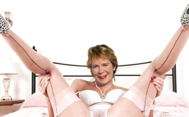 Celebrities in Stockings 6 of 24 pics