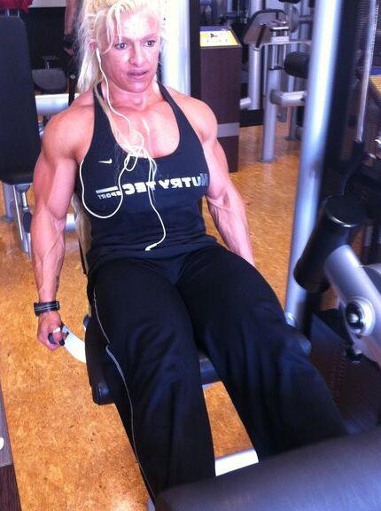 Fanny Palou! Brazilian Muscle Beauty! 13 of 73 pics