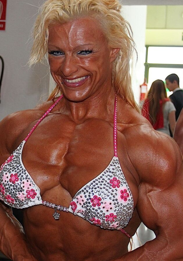Fanny Palou! Brazilian Muscle Beauty! 1 of 73 pics